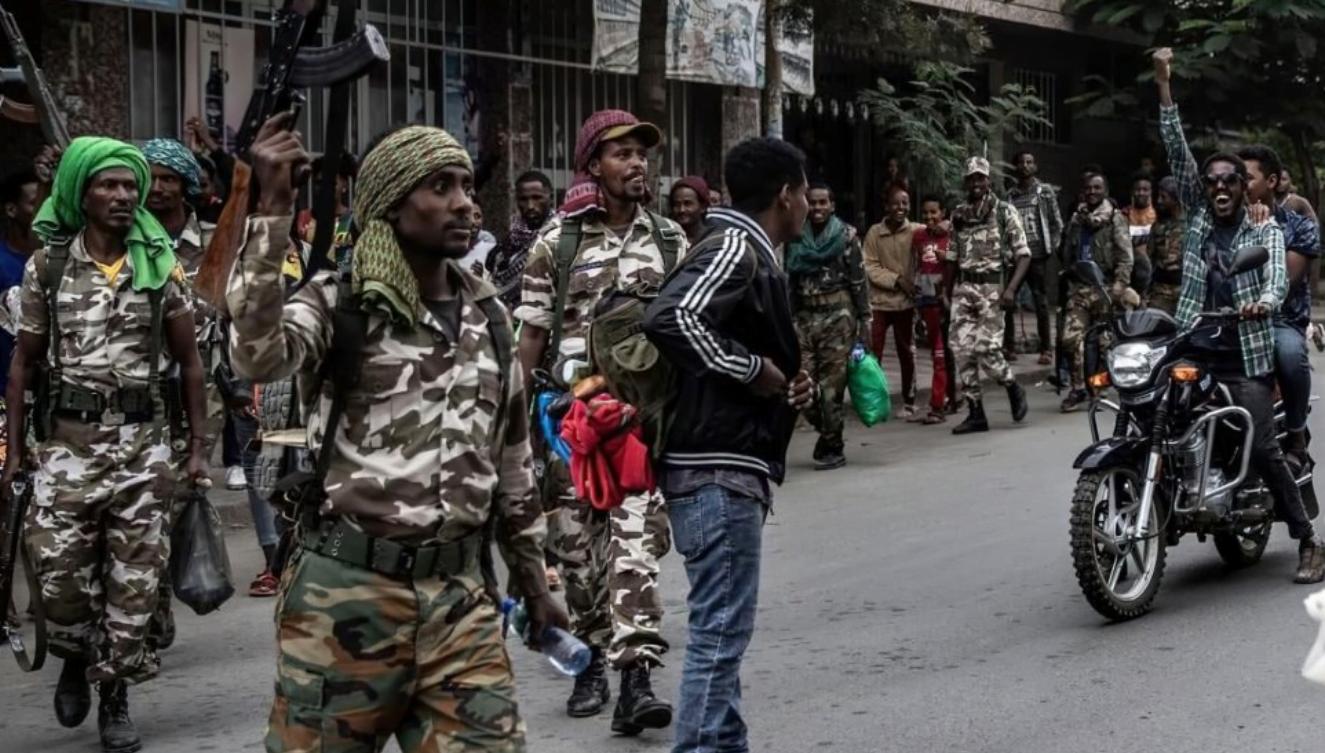 """Etiopio : Defenda Forto alvokas Tigrayan-junulojn, milicojn """"kapitulaci pace"""""""